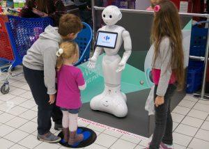 Pepper ejemplo de robot en Carrefour