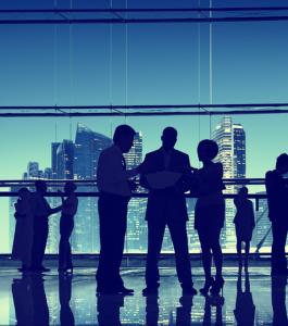 funcionarios-trabajar-empresa-privada