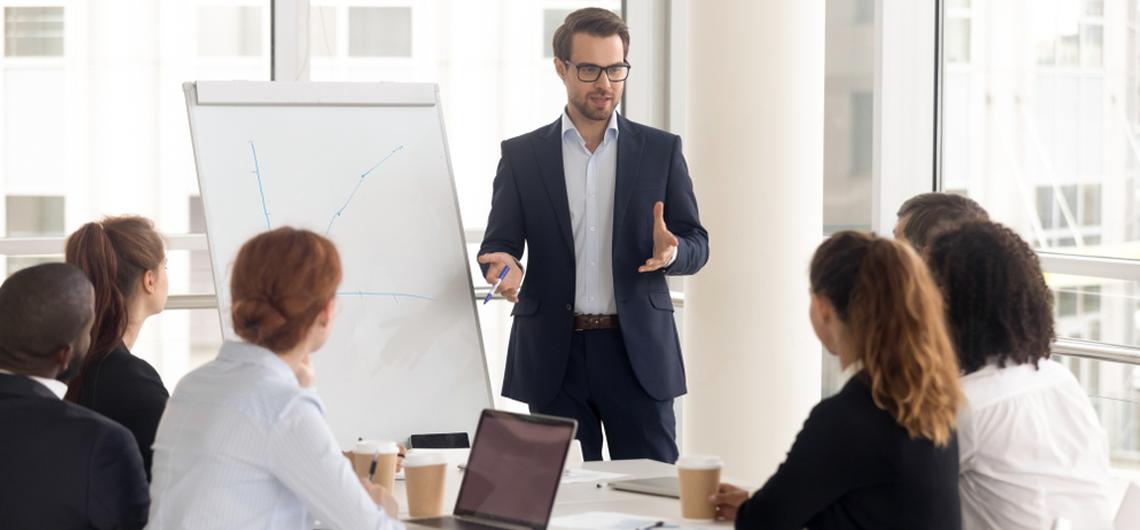 Embajadores de marca: cómo tus empleados pueden mejorar la imagen de tu empresa en las redes sociales
